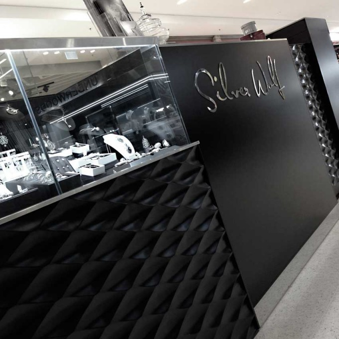 silver wolf kawana shoppingworld retail designer cafe