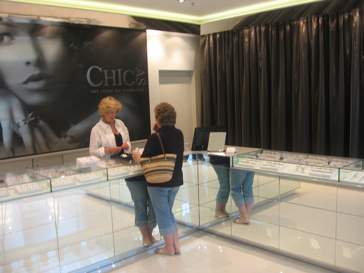 Chic As Westfield Doncaster Vic