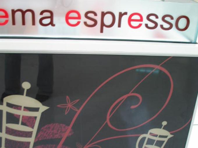 Crema Espresso Broadbeach   Cafe and Restaurant design
