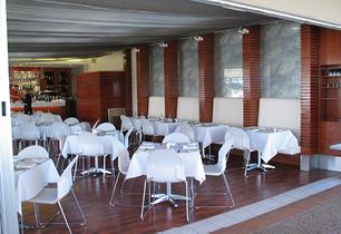 Harleys Seafood Hope Island | Restaurant design Gold Coast and Brisbane