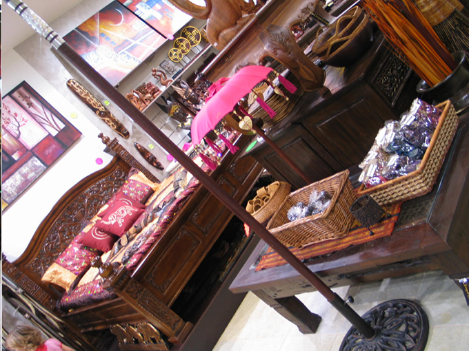 Unique Living Burleigh | Retail shop interior design
