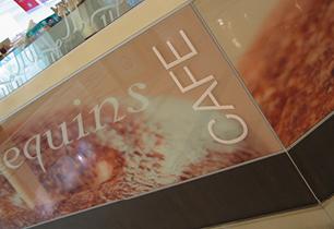 Mannequins Cafe Broadbeach   Cafe and food design Gold Coast and Brisbane