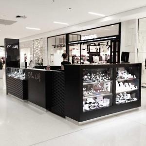 Silver Jewellery Shop Design