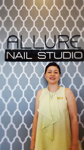 nail studio retail design